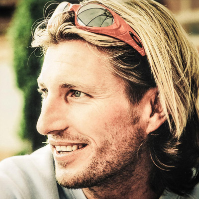 Robbie Savage for Players Lounge